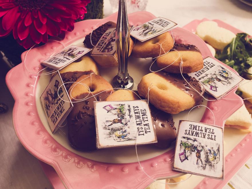 Alice in Wonderland Tea Bag Cookies with Teabag Tags