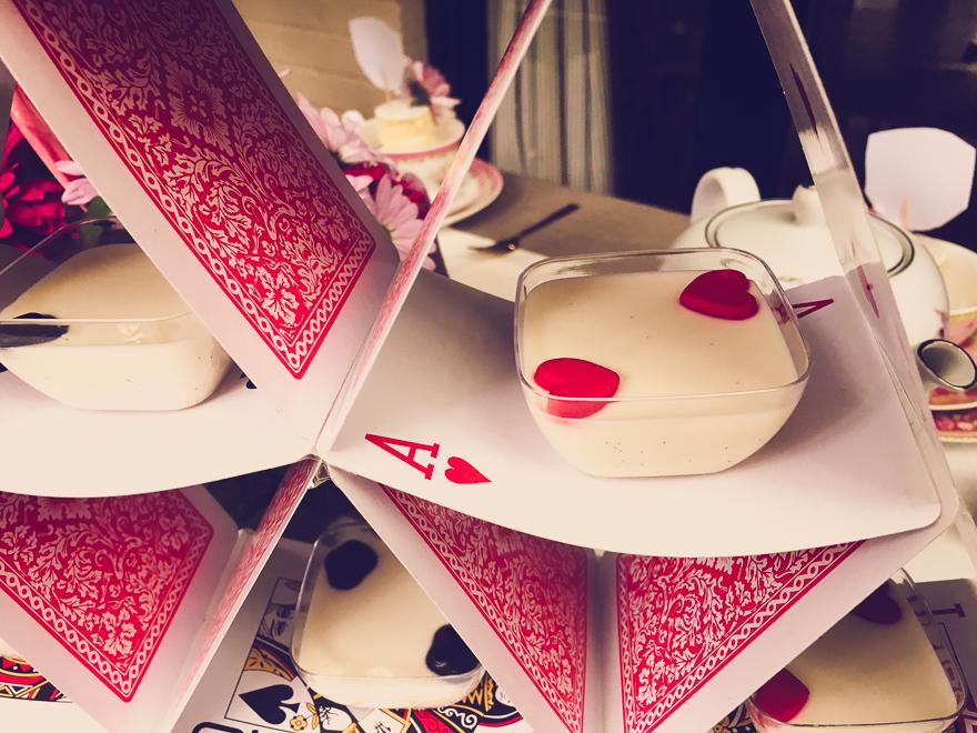 Alice in Wonderland Party Ideas-3